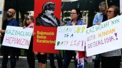 Kaz Dağları'ndaki Doğa Katliamına karşı HKP bayrağı bu kez Kanada'da dalgalandı