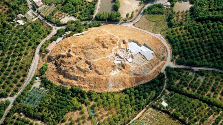 Kayısı bahçeleri arasında doğan devlet: Arslantepe