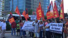 HKP'liler bir kez de İstanbul Kanada Konsolosluğu önünde haykırdı:  Kaz Dağları Emperyalistlere ve yerli işbirlikçilerine peşkeş çekilemez!  Kaz Dağları'nı katletmek vatana ihanettir!