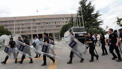 """AKP'nin Yargı Reformu, """"Reform"""" mu, bir parmak Bal mı?"""