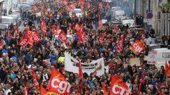 Fransa Emekçi Halkına bin selam olsun