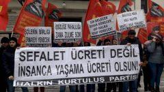 AKP Hükümeti, Parababaları ve Sarı Sendikacılar  İşçi Sınıfına hayâsızca reva gördükleri Sefalet Ücretini dayatmaya,Halkımıza ihanet etmeye devam ediyor