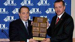 AKP'giller sadece Türkiye Halkına değil, tüm Müslümanlara, tüm dünya halklarına düşmandır!