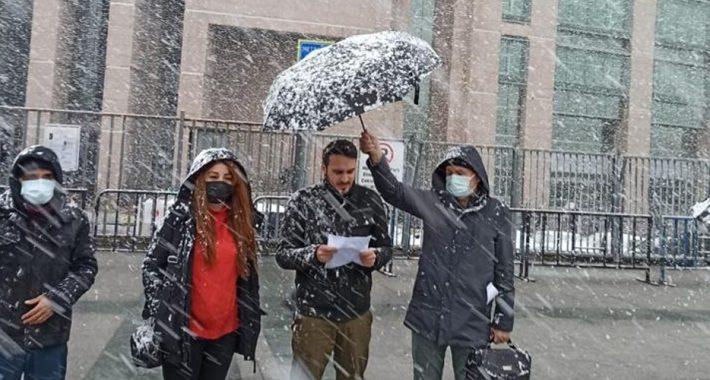 Gezi Parkı, gericiliğe isyanın simgesidir! Halkın Malıdır! Vakıflara-AKP'giller'e Peşkeş çekilemez!